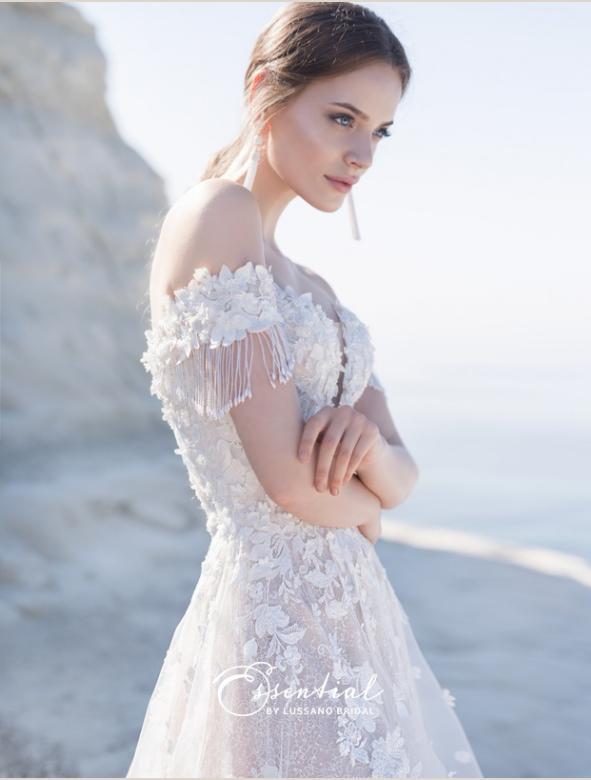 248a451eb90 Купить дорогие свадебные платья - каталог 2018-2019