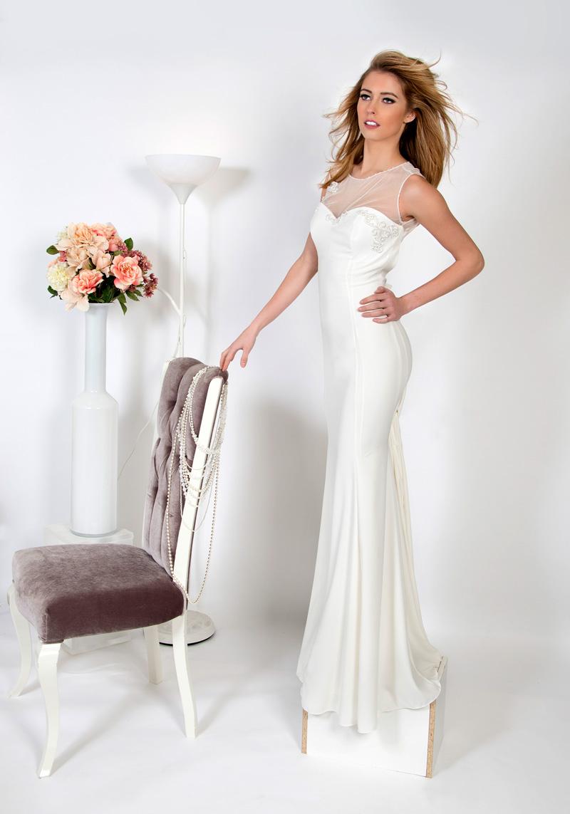 f8f564abf9bc Как выбрать вечернее платье белого цвета